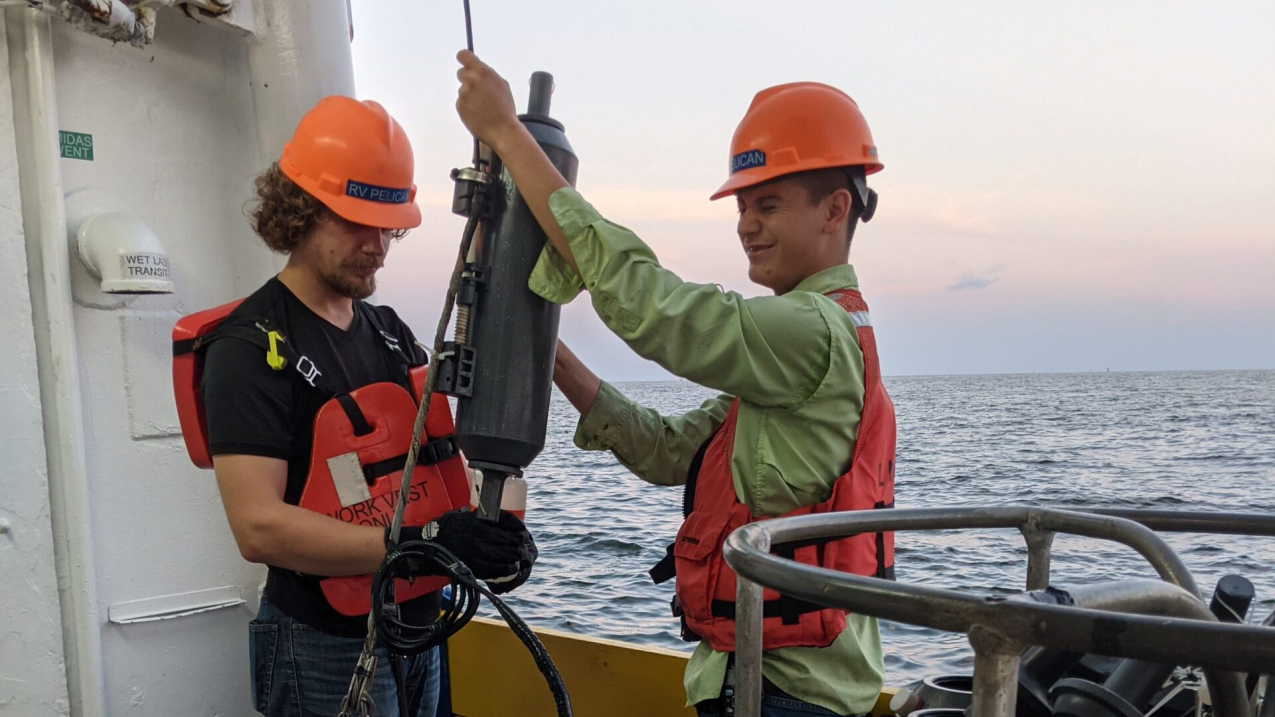 Scientists prepare to collect near-bottom water aboard the R/V Pelican to verify oxygen measurements used to determine the size of the Gulf of Mexico hypoxic zone.